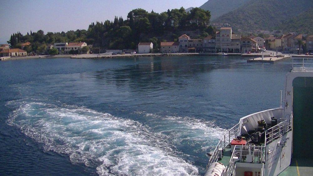 Trpanj port croatie (1)
