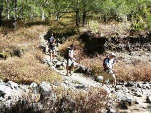 descente vers riviere aux galets