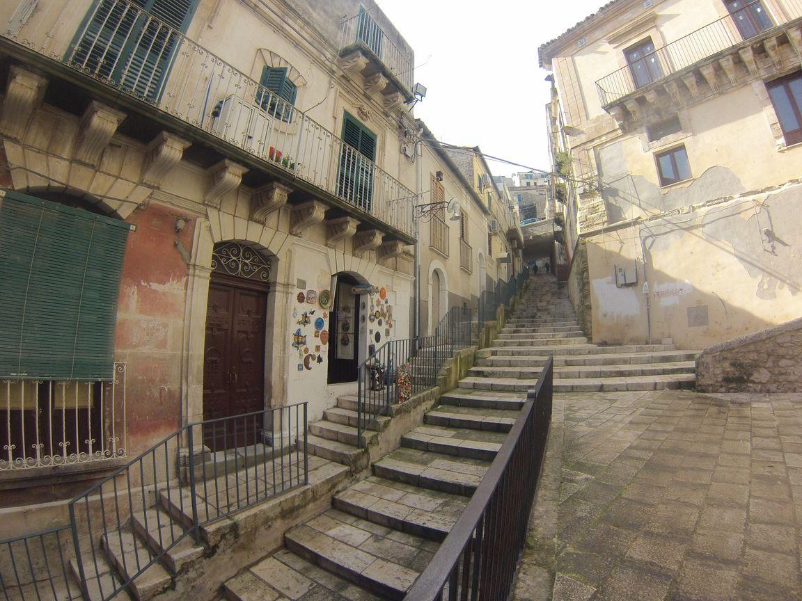 Ibla escalier vieille ville