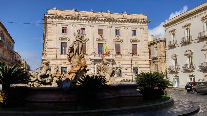 ortigia-vieille-ville- la Piazza Archimede