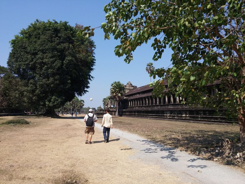 wat angkor fred guide