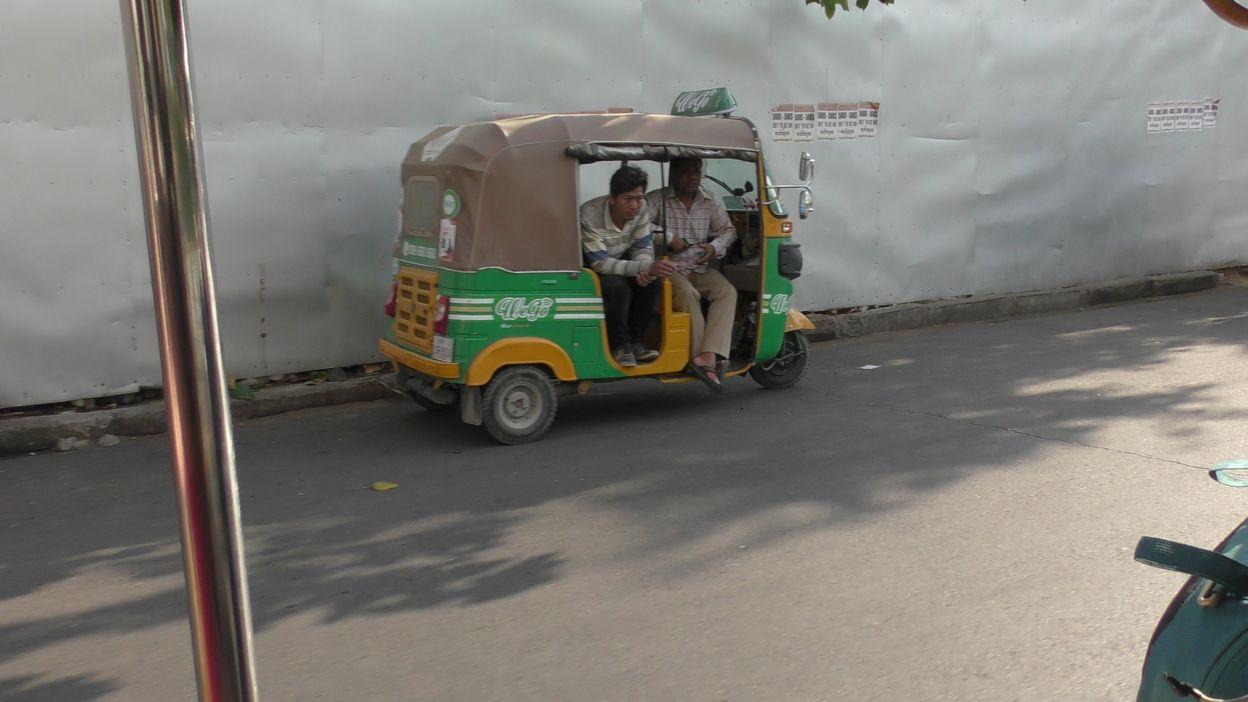 phnom penh  new tuktuk