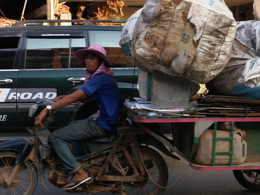 Kampot-tuktuk-2-2