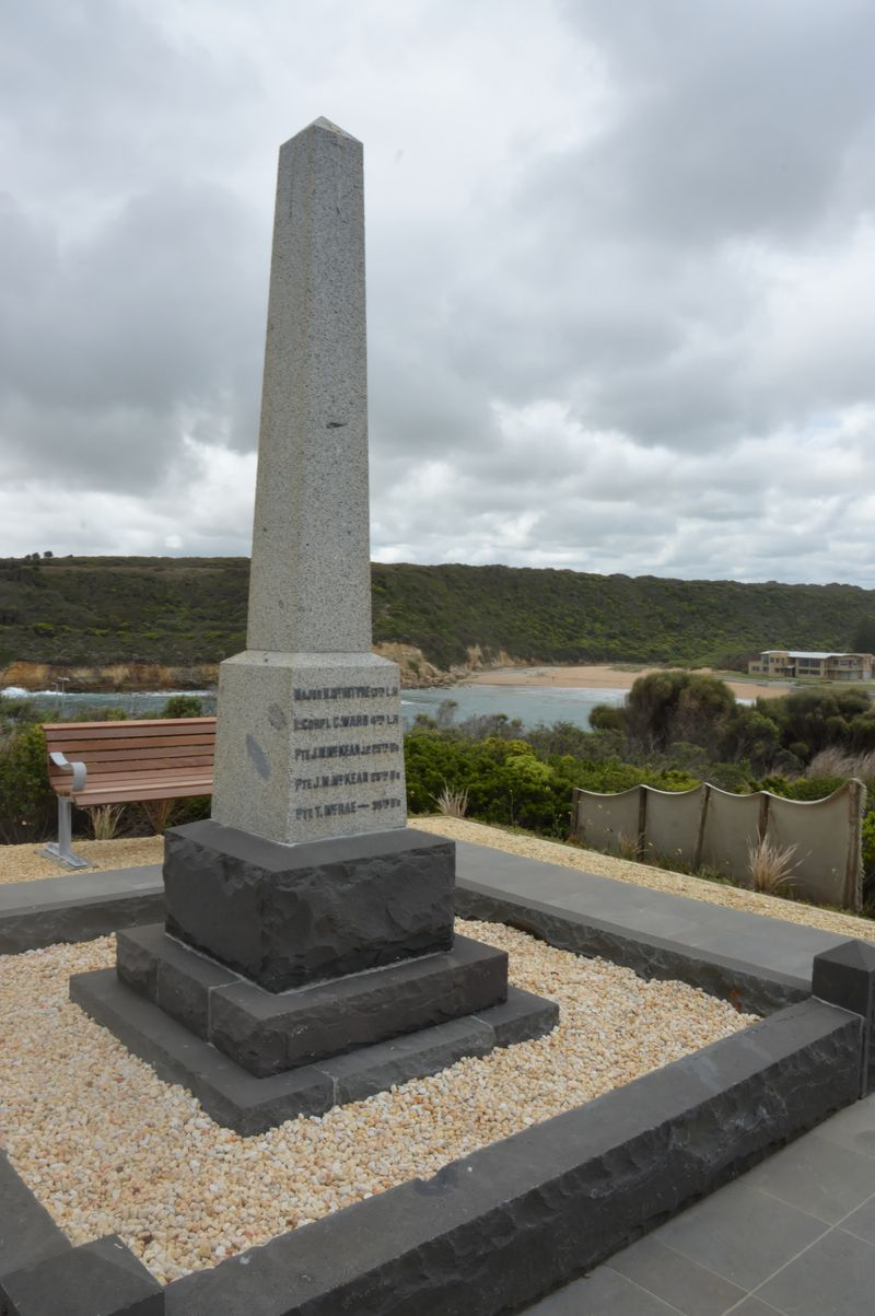 Port campbell Soldiers memorial